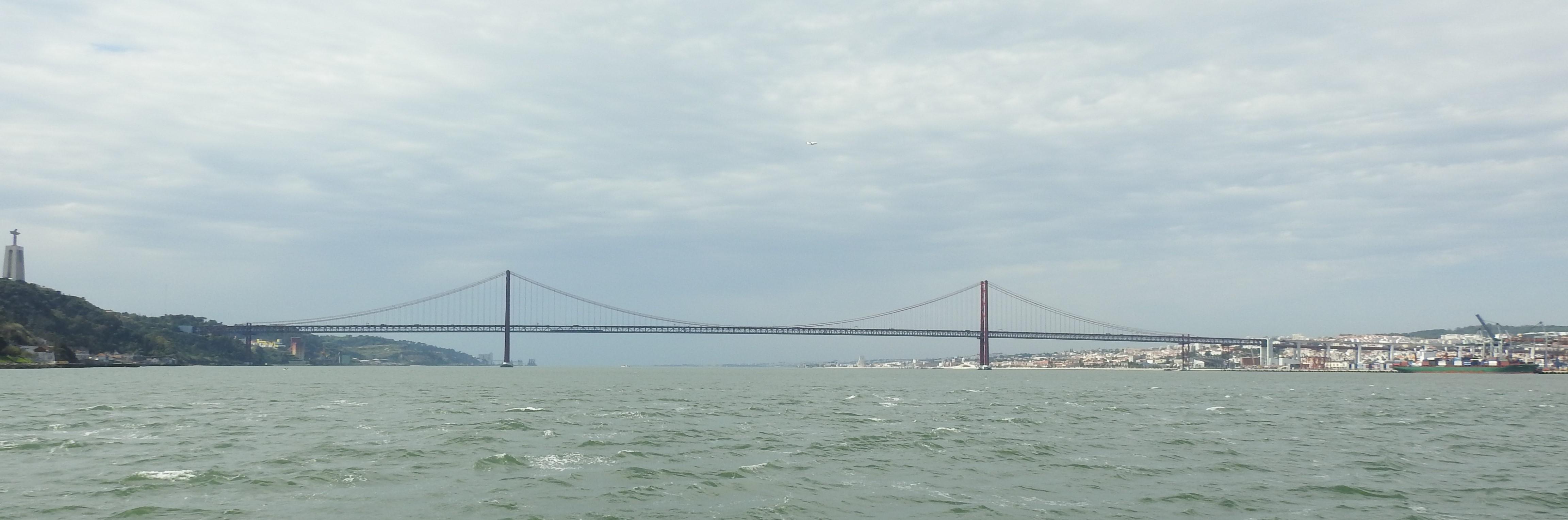 Crossing the longest river in the Iberian Peninsula