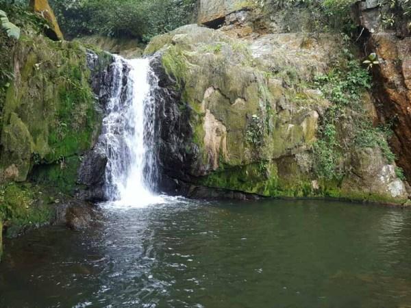 Cachoeira do Poço da Fumaça na Trilha da Ferradura em Paranapiacaba SP