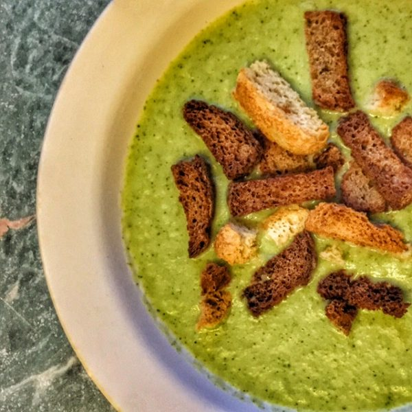 broccoli soup, healthy soup, weight loss soup