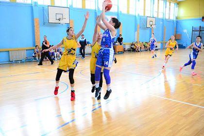 baschetolimpia - Două victorii pentru baschetbaliste