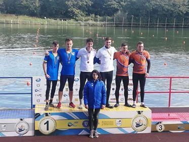 bn - Medalii pentru maratoniștii kaiaciști
