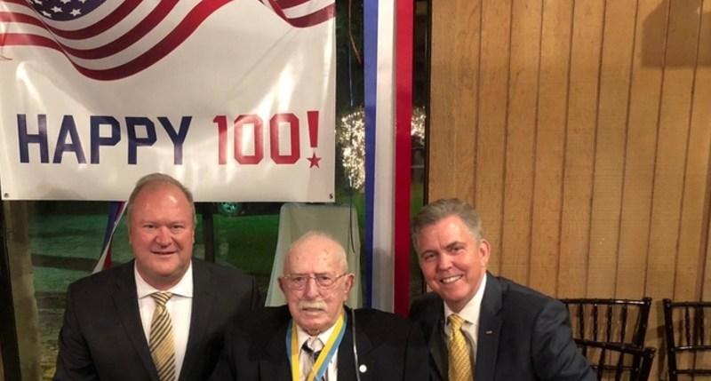 russell100 - Medalie de onoare pentru John Russell din partea UIPM