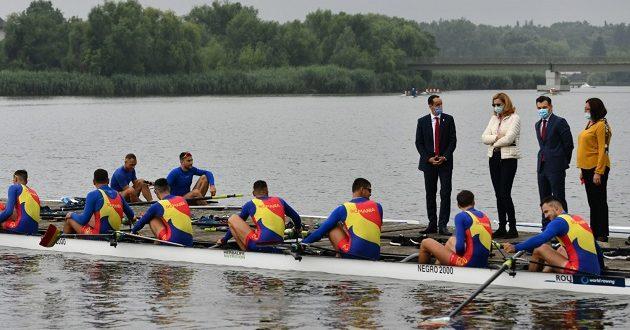 canot - Ionuț Stroe vizită în cantonamentul canotorilor
