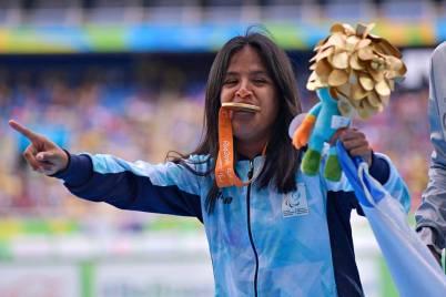 Yanina Martínez y su oro en 100 metros. T36