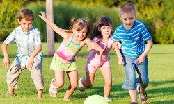https://i2.wp.com/olive-banane-et-pasteque.com/wp-content/uploads/2013/07/27-idees-pour-occuper-vos-enfants-cet-ete-avec-un-peu-dimagination-une.jpg?resize=250%2C150