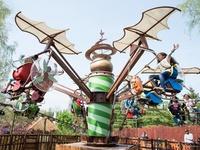 On a testé le Parc Astérix avec Crevette, deux ans !