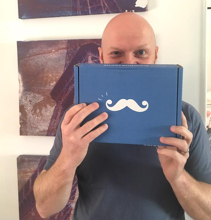L'homme et sa BIG moustache