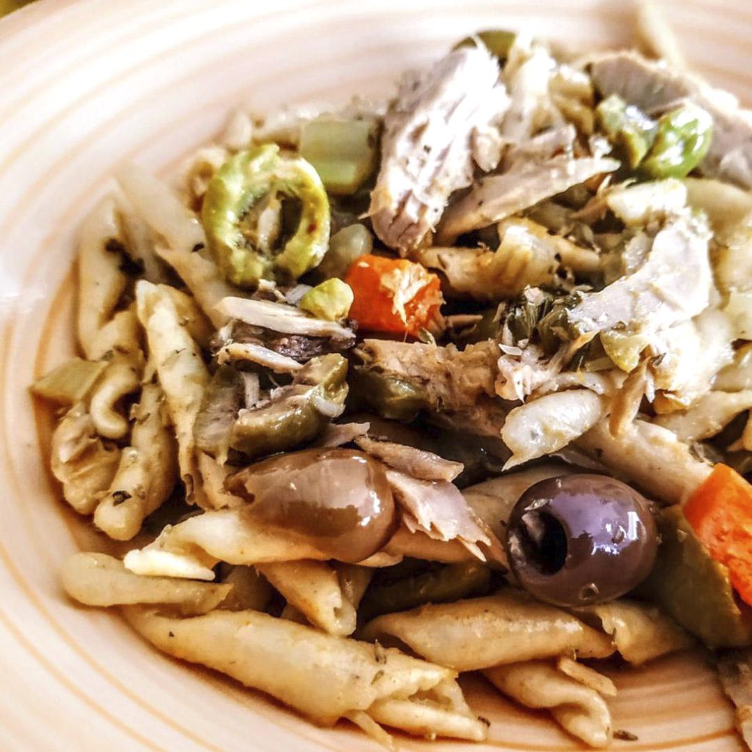pasta-tonno-olive-sedano