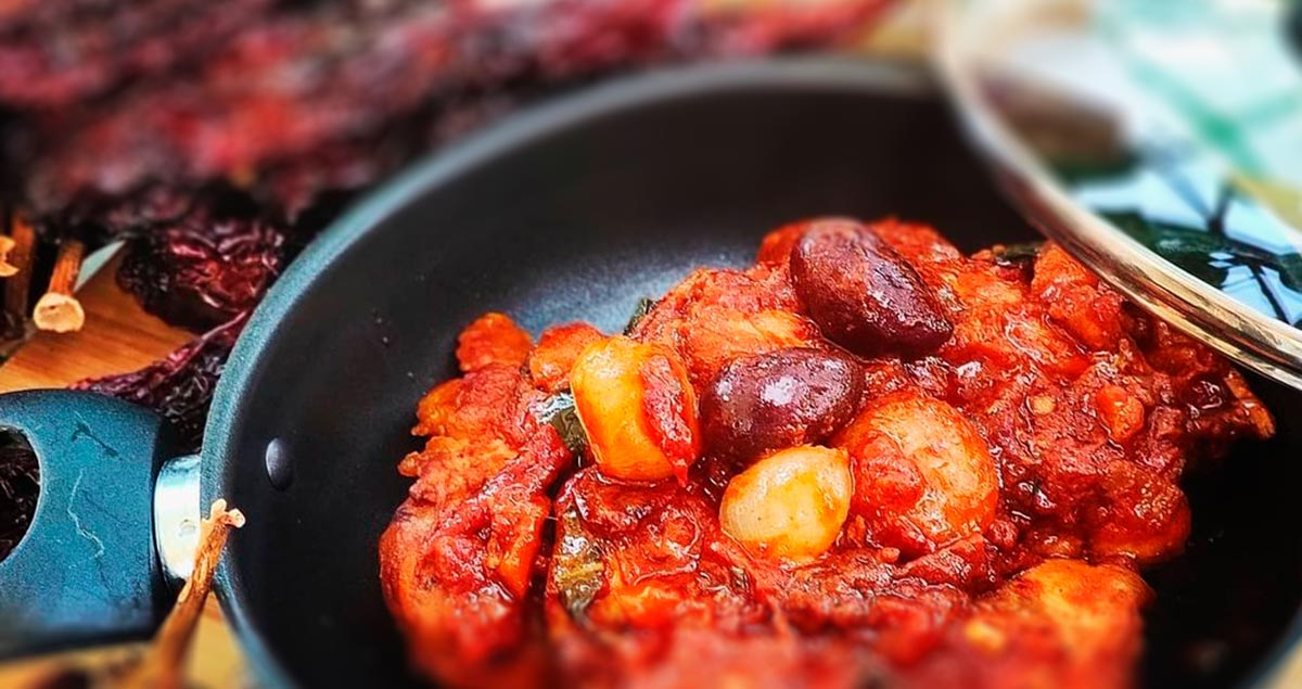 pollo-paprika-peproni-cruschi-e-olive