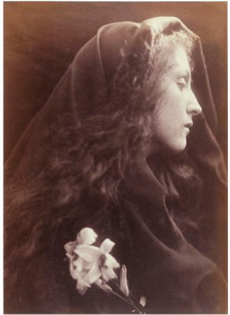 The Angel at the Sepulchre, Julia Margaret Cameron, 1869-70 (V&A)