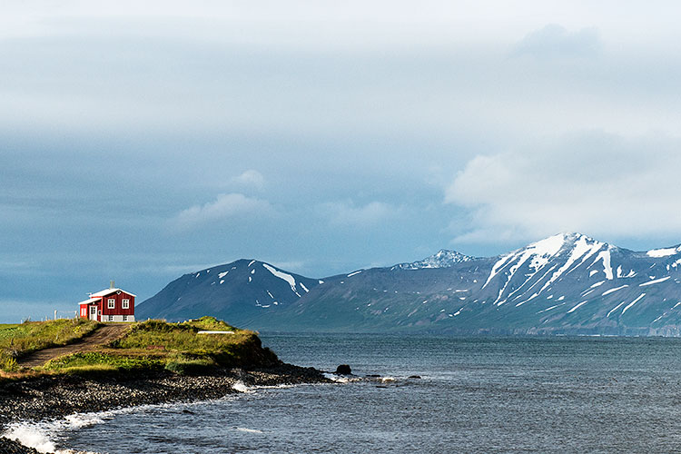 iceland-house-fjord-mountain