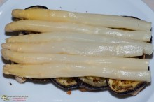 Auberginen-Spargel-Toast