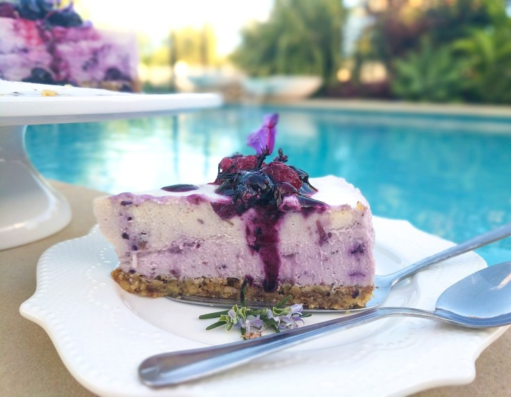 Gluten-free no-bake cheesecake guilt-free, carb-free,blueberry,dessert