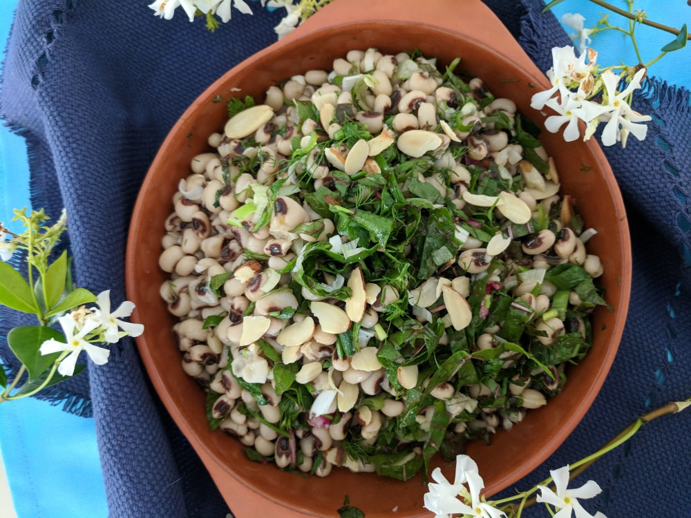 Black-eyed beans and Spinach salad