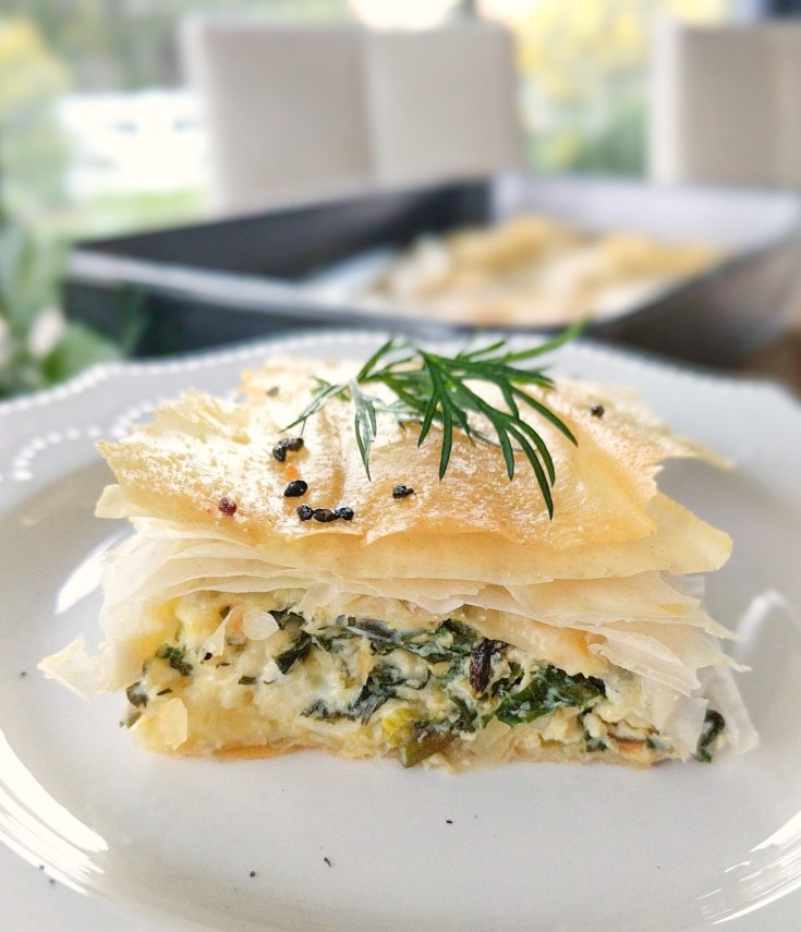 easy spanakopita greek spinach phyllo pie
