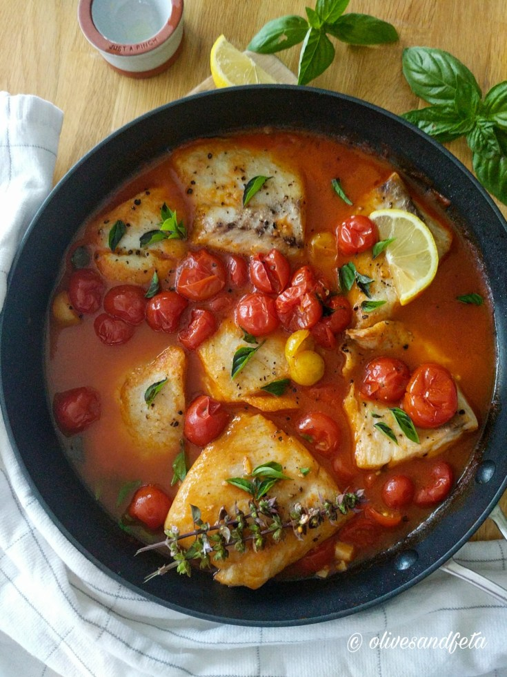 Snapper in a hearty and luscious tomato sauce