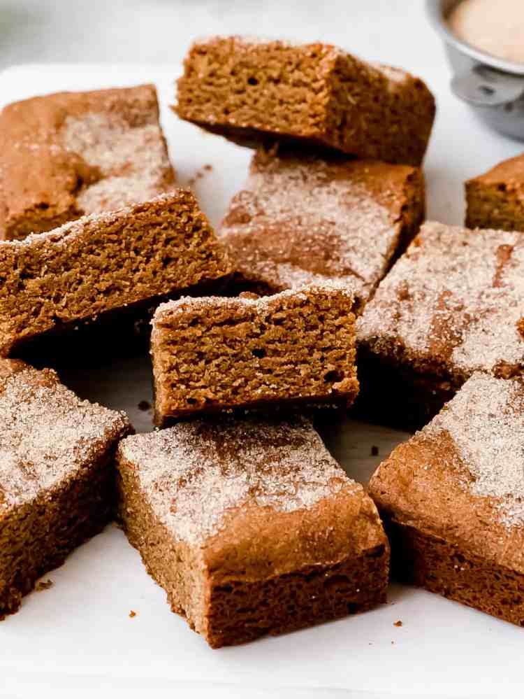 spiced gingerbread blondie bars