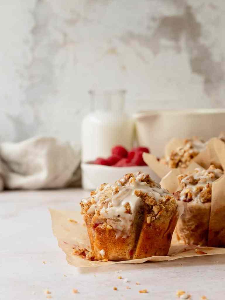 raspberry almond streusel muffins
