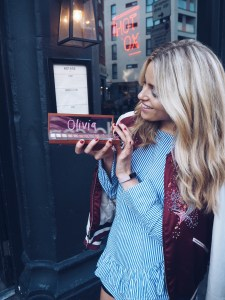 Olivia Cox, Urban Decay, Heat, Make up, MUA, celebrity, blogger, influencer