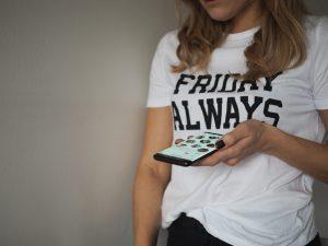 olivia cox, badoo, dating app, online dating