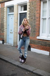 olivia cox, tv presenter, model, influencer, ugg, sheepskin boots, sheepskin, fblogger, street style, inspo, blogger