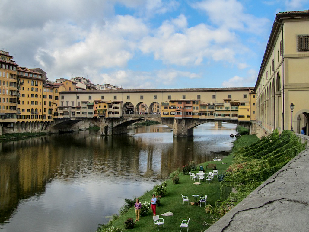 Olivia Leaves | Visit Florence Italy