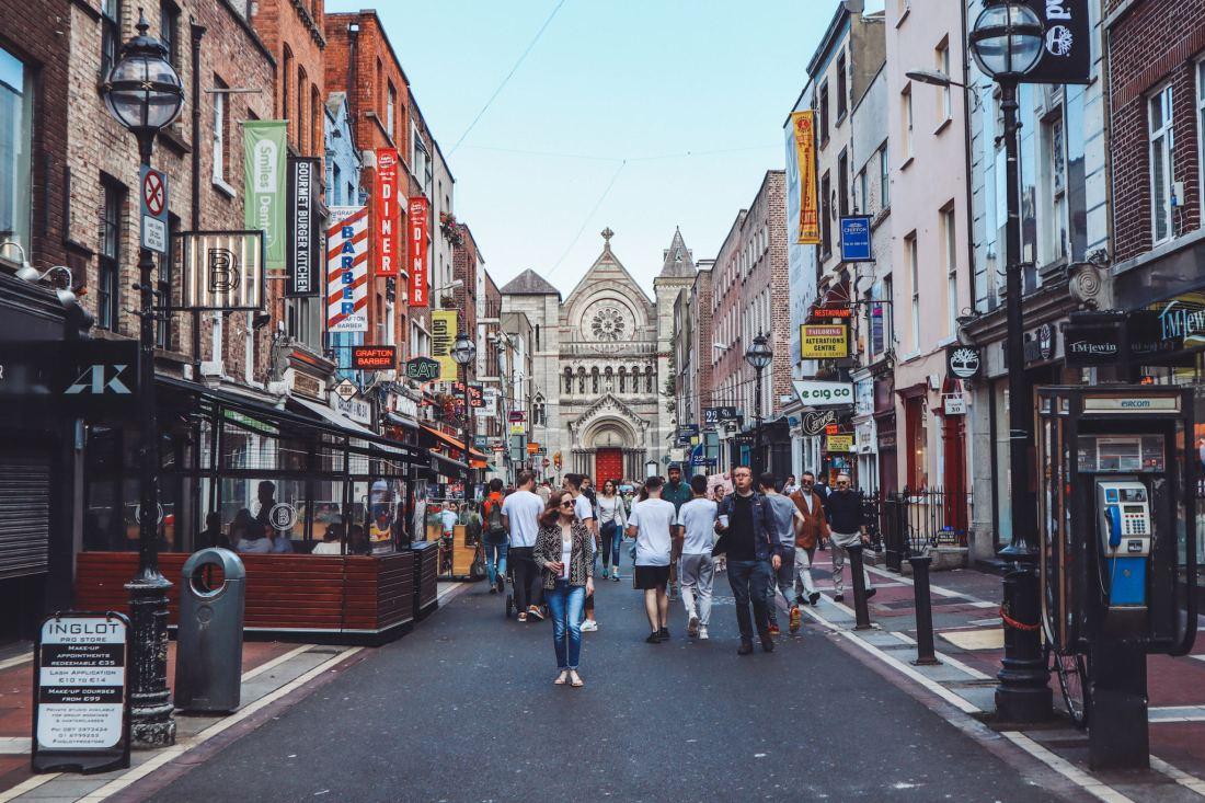 Olivia Leaves | Classic Dublin Itinerary