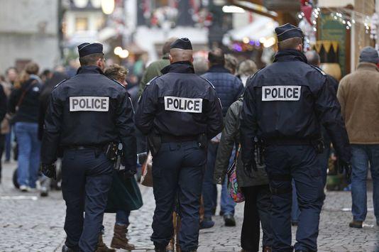 Quel rôle pour la police en démocratie ? Par Olivia Recasens ...