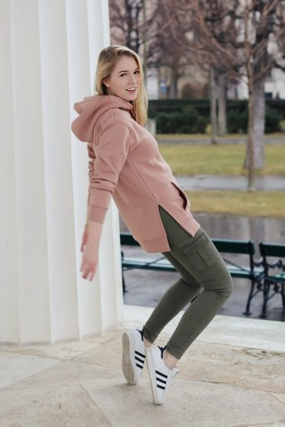 oliviasly_fashion_challenge_hoodie_ourfit_sweater_streetstyle16