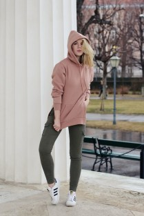 oliviasly_fashion_challenge_hoodie_ourfit_sweater_streetstyle19