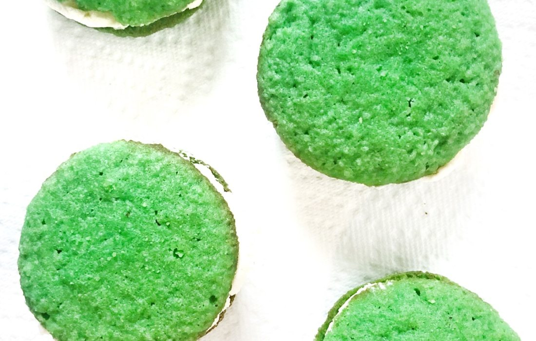 Keto St. Patrick's Day Whoopie Pies