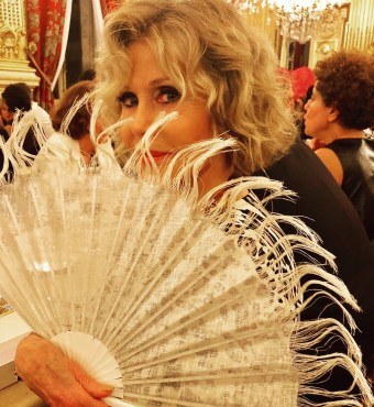 Jane Fonda, Olivier Bernoux, Fans & Friends, Fans & Bags, Fans & Clutches, Fans & Fashion, Weapons of Seduction, Fans, Eventail, Abanico, Handfan, fancy, Elegant, Evening, Handmade