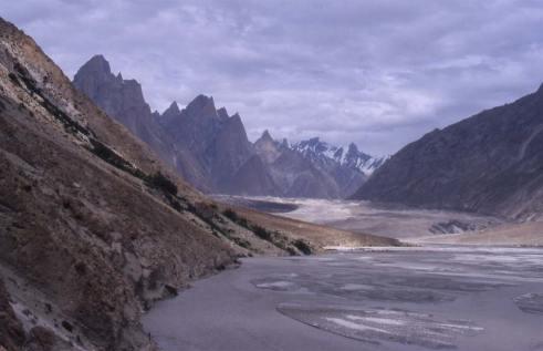 Arrivée devant le glacier du Baltoro, le 8 août 1999