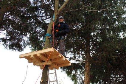 2012 Olivier en action - construire Roumanie Negresti