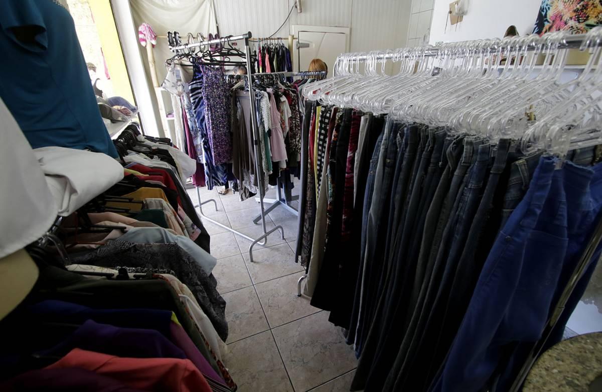 f07a8ee425d Quatro lugares para praticar o desapego de roupas usadas em Cuiabá ...