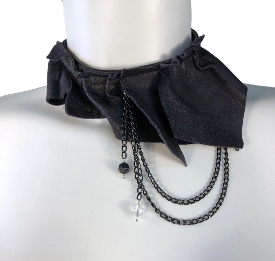 Necklace Miau - black leather, black chain