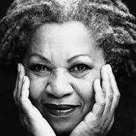 Morre Toni Morrison, o feminismo máxico da Black America