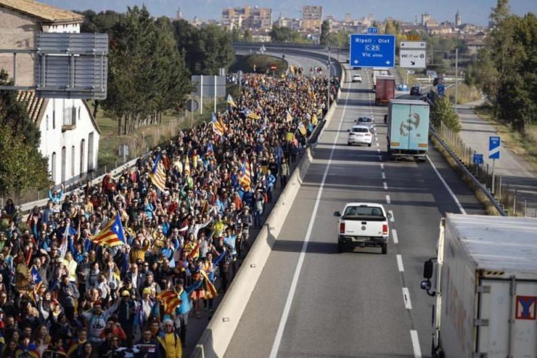 «Les Marxes per la Llibertat» comezan a entrar en Barcelona