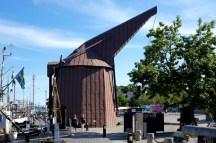 Medieval shipping crane