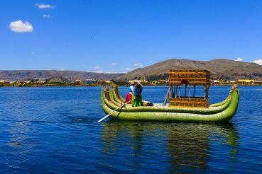28 lake titicaca uros islands mercedes benz boat