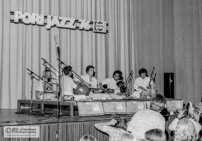 """Shakti: T. H. """"Vikku"""" Vinayakram (ghatam), John McLaughlin (guitar), L. Shankar (violin) and Zakir Hussain (tabla), July 16, 1976"""