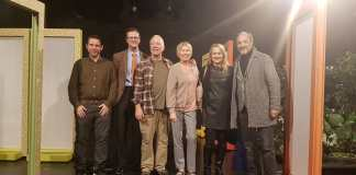 D. MYLWNAS (PARAGWGOS), Mark Allen (PRESBHS KANADA STHN ELLADA), Bruce Gooch (PRWTAGWNISTHS), Lynn Vogt (PRWTAGWNISTRIA) K. SPERELAKH, S. MAINAS_2