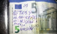 Συνθήματα κατά της οικονομικής κρίσης από τσέπη σε τσέπη! Δείτε!