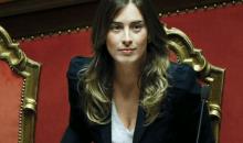 Ιταλία: Η νεότερη υπουργός της κυβέρνησης Ρέντσι κλέβει τις εντυπώσεις (photos)