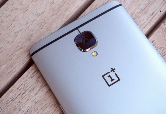 OnePlus commits to releasing a 5G phone in 2019