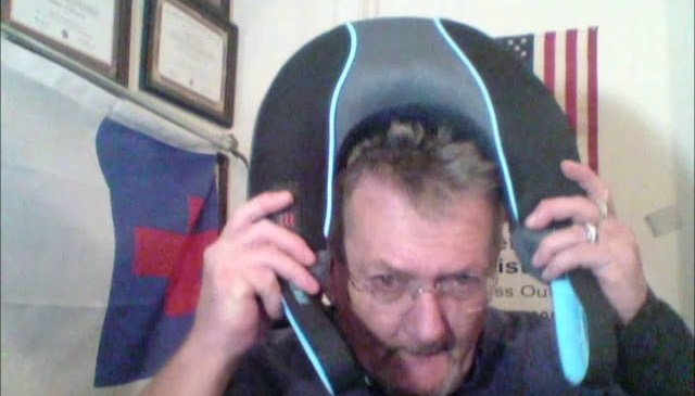 Product Review: HoMedic Neck /  Shoulder Massager With Heat