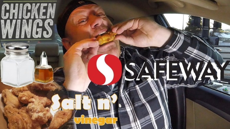SAFEWAY® ☆SALT N' VINEGAR CHICKEN WINGS☆ Food Review!!!