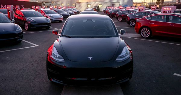 Tesla losses reach US$702 million as deliveries dry up – Driving