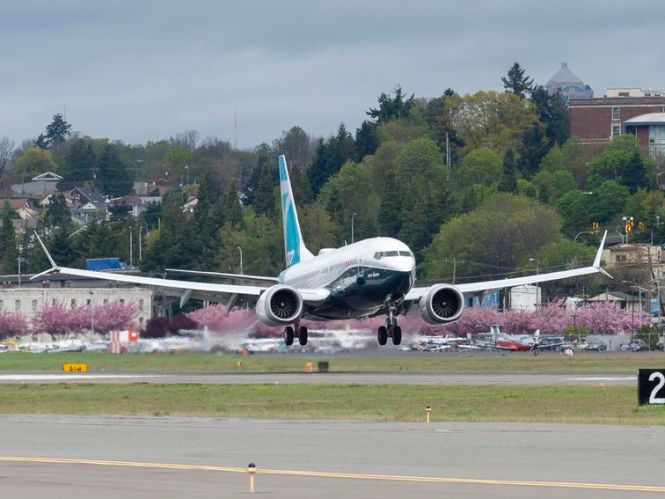 Boeing ousts exec as it touts 'significant progress' on 737 Max fixes – CNET