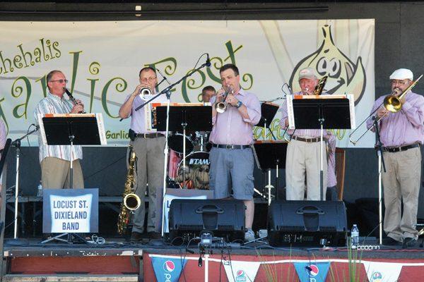 Locust Street Dixieland Band
